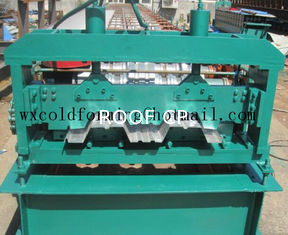 چین Automated PLC Control  High Precision Steel Structure Floor Deck Roll Forming Machine For Metal Decking Sheet تامین کننده