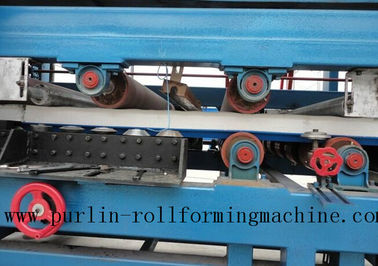 چین Colored Steel PU Sandwich Panel Production Line , Roof Panel Roll Forming Machine کارخانه